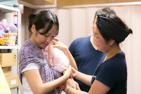 11/12(火)ママとベビーの抱っこ・おんぶ講座@赤羽・晴ル助産院